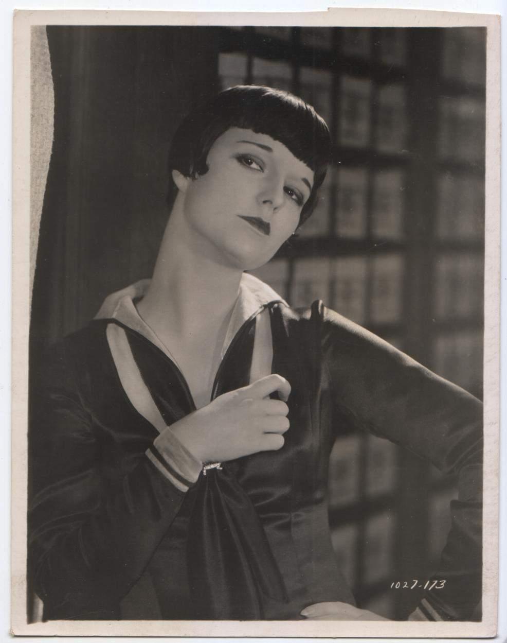 1926 Love 'Em and Leave 'Em - 1027-23