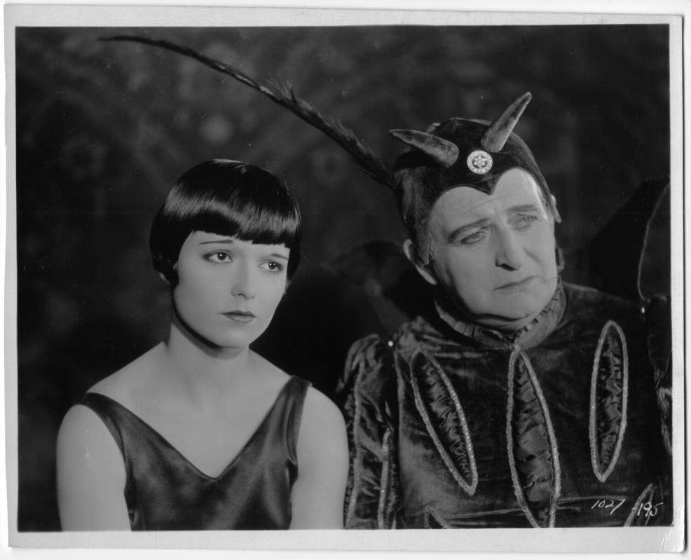 1926 Love 'Em and Leave 'Em - 1027-195 01